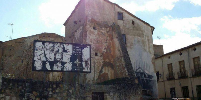 Edificio en riesgo de derrumbe en la Rúa de los Notarios (Zamora)