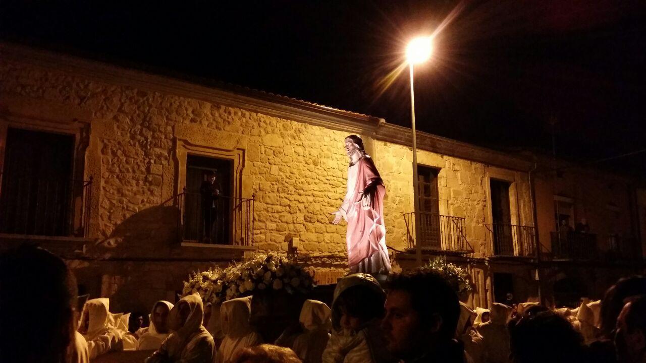 Jesús de Luz y Vida. Sábado de Pasión.
